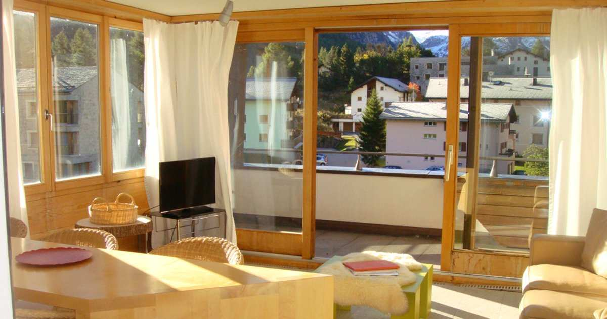 modern 2 room flat with balcony and view in Capricorn