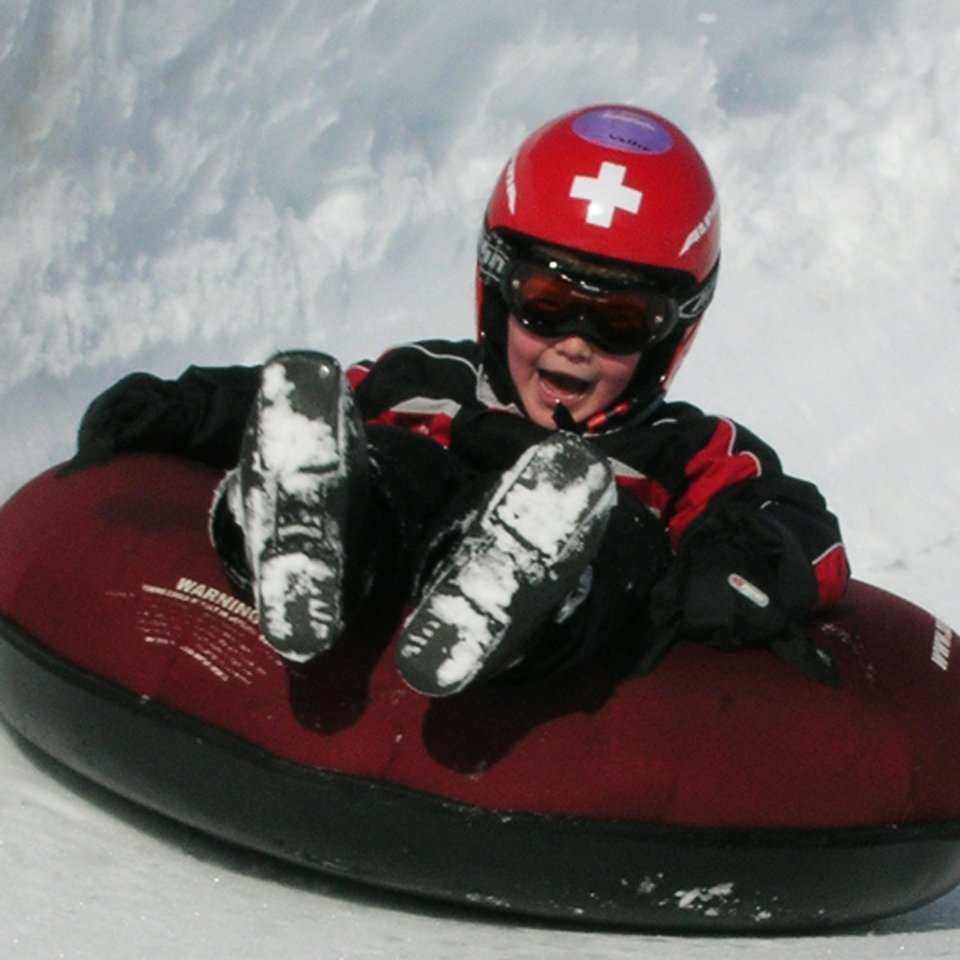 child-friendly Snowtubing in Maloja
